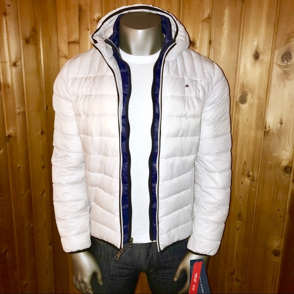 81d958a57d04 Tommy Hilfiger Men s Hooded Packable Jacket